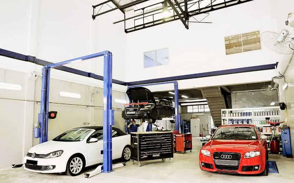 Service & Repair, car workshop